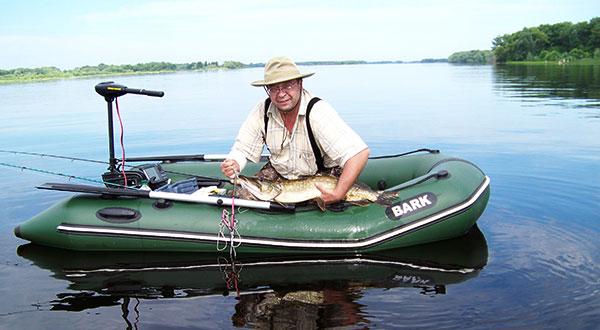 Скорость надувной лодки при ловле на троллинг